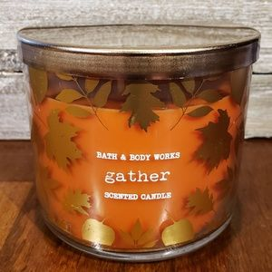 Bath & Body Works Candle • Gather